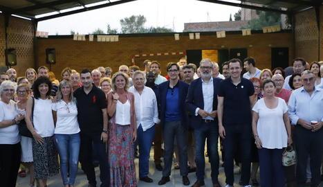 Imatge del sopar d'estiu d'ahir del PSC amb els militants a Butsènit.
