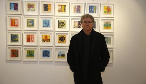 Albert Minoves durant una exposició a l'Arnau de Vilanova.
