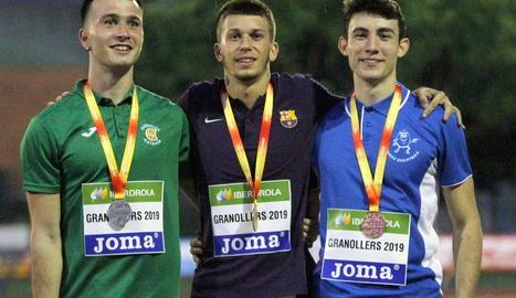Bernat Erta, amb la medalla de campió.