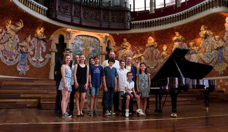 La delegació de Cervera, dimarts al Palau de la Música.