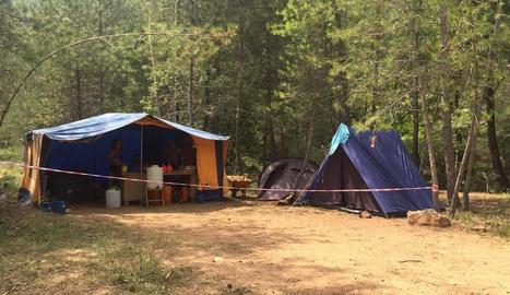 Una de les acampades en un bosc del Solsonès.