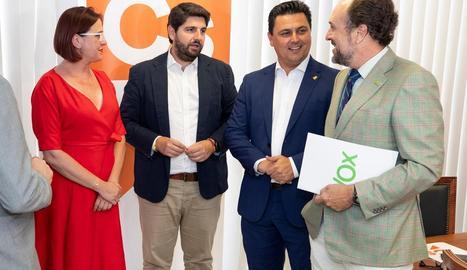 Pedro Sánchez i Pablo Iglesias, abans de la seua última reunió dimarts passat.