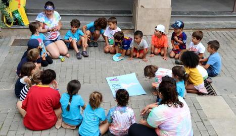 Centenars de nens van gaudir ahir a Talarn de la dotzena edició de la jornada Jocs del Món.