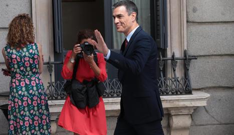 Pedro Sánchez entra al Congrés