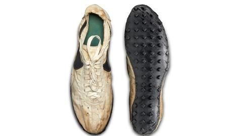 Un col·leccionista paga 437.000 dòlars per unes Nike