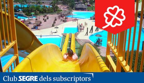 Una de les atraccions aquàtiques de l'Aquopolis Costa Daurada a La Pineda (Tarragona).