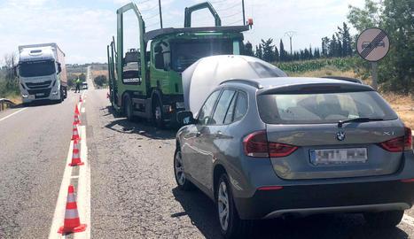 Dos ferits en un nou xoc a l'N-240 entre un camió i un cotxe