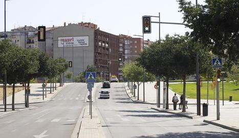 Vistes de l'avinguda Prat de la Riba de Lleida.