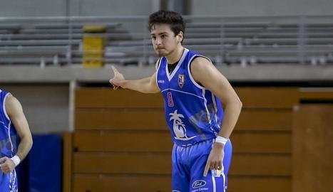 Adrià Duch ve de ser el líder del Tarragona de Berni Álvarez.