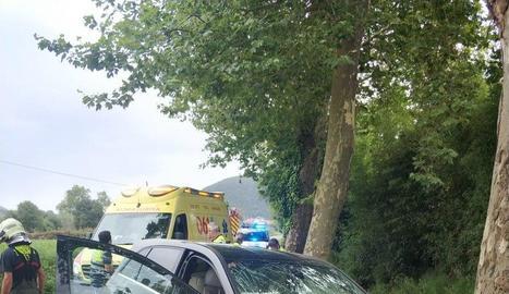 L'estat en el qual va quedar el vehicle de l'home després de l'accident.