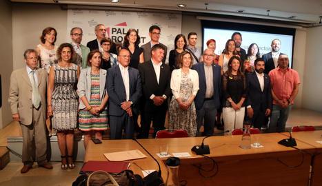Els representants del Govern, patronals i sindicats que formen la comissió rectora.