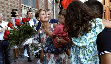 La socialista María Chivite va ser elegida ahir com a nova presidenta de Navarra.