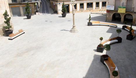 Imatge de l'estat actual de la plaça Major de Tàrrega.
