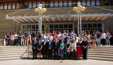 El Govern aragonès es va concentrar dijous per mostrar la repulsa al crim a Andorra (Terol).