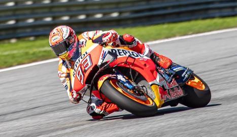 MÀrquez supera Doohan amb una pole de rècord en MotoGP