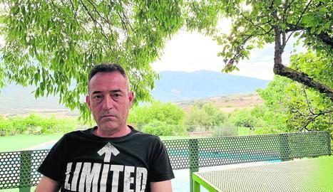 Javier Martínez, en una fotografia feta recentment a Llimiana, al Pallars Jussà.