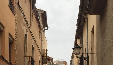 El carrer Hospital, el més antic del barri històric.