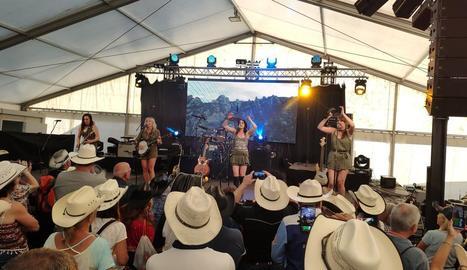El quartet femení canadenc de country Nice Horse, ahir al Salardú Country Rock Festival.