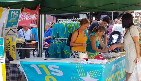 Lloc de venda de marxandatge de l'ANC a Balaguer.