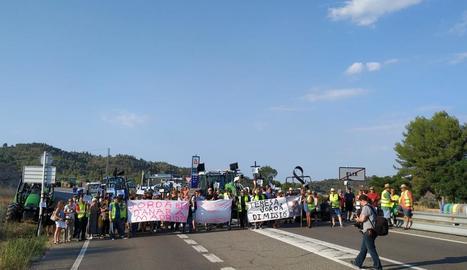 Nova protesta dels afectats per l'incendi de Ribera d'Ebre