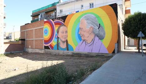 El mural que ret homenatge a Greta Thunberg i a Jane Goodall, ja acabat.