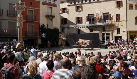 El certamen de teatre al carrer celebra la 39a edició.