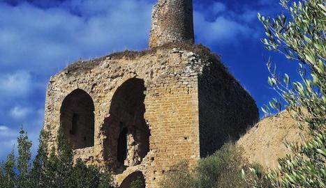 Imatge de les ruïnes del castell d'Alòs de Balaguer.