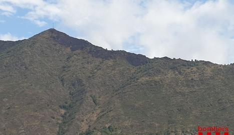 Una vista de la zona cremada entre Esterri i la Guingueta d'Àneu.