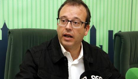 L'alcalde de Mollerussa, Marc Solsona, en roda de premsa.