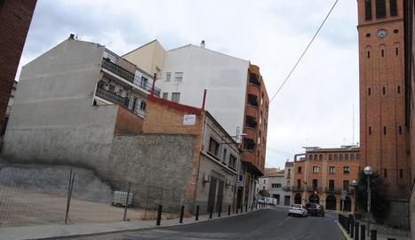 El carrer la Creu tindrà un aparcament.