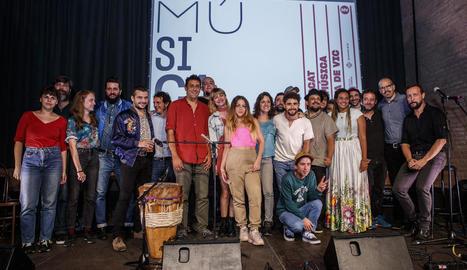 Alguns dels artistes que actuaran al Mercat de Vic, a la festa de presentació a Barcelona.