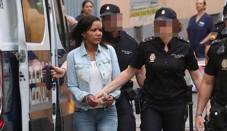 Ana Julia Quezada a l'arribar ahir al jutjat.