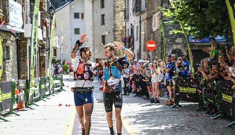 Guillem Campeny i Jordi Gamito van entrar junts com a vencedors a la prova de 48 km.