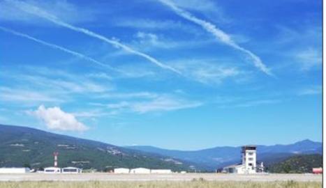 Una vista de l'aeroport d'Andorra-La Seu.