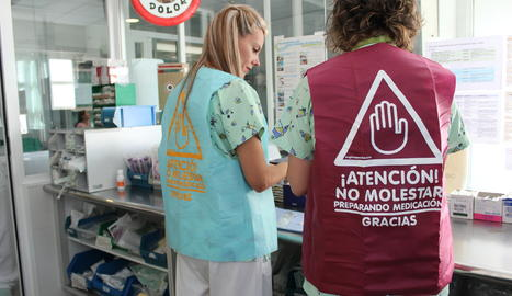Les infermeres de l'Arnau estrenen armilles 'antiinterrupcions'