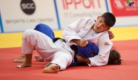 Ai Tsunoda, durant un dels combats disputats a l'Europeu de Vantaa, a Finlàndia.