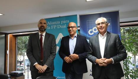 Guillem Salvans, Josep Maria Gardeñes i Antoni Condal, poc abans de la jornada a la COELL.