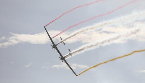 Dos de les avionetes del grup britànic Aerosparx.