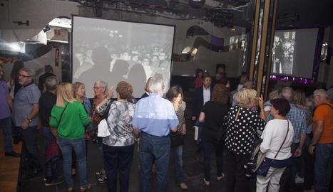 Els assistents van poder visitar el que queda de la discoteca.