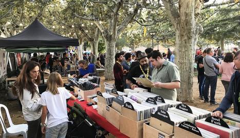El certamen de l'any passat va acollir un mercat de discos.