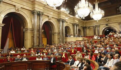 """El Parlament aprova un """"acord"""" per l'autodeterminació i la desobediència"""