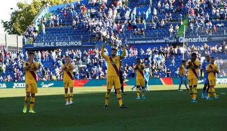 Piqué i els seus companys agraeixen el suport als aficionats blaugrana.