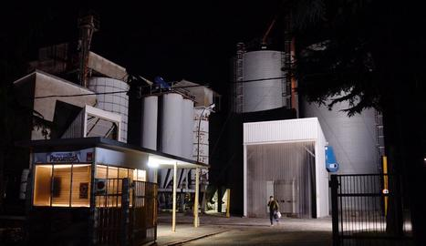 Dos morts en una fàbrica de pinsos