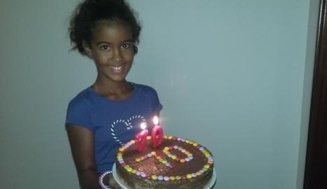 La Fatma no sabia com se celebraven els aniversaris. Entre el seu poble no és costum.