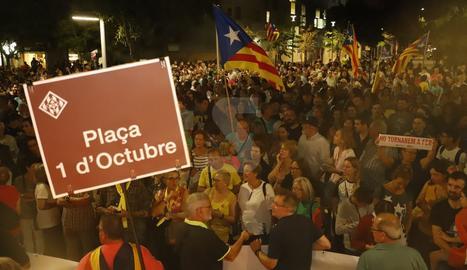 Des de la plaça Ricard Viñes fins a la plaça del CAP de Cappont, que en les properes setmanes serà rebatejada com a 'De l'1 d'Octubre'.  En actualització...