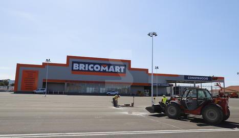 Imatge de la construcció de Bricomart a Lleida