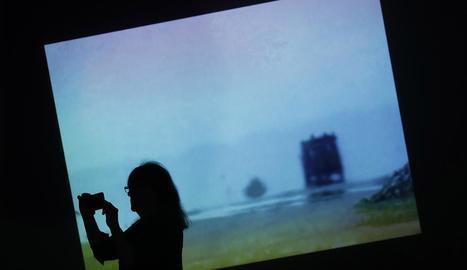 Art audiovisual de Bill Viola, ahir a la Pedrera de Barcelona.