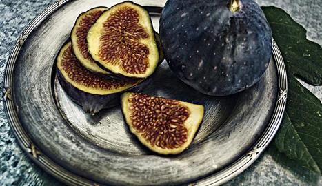 Una fruita plena de fruits