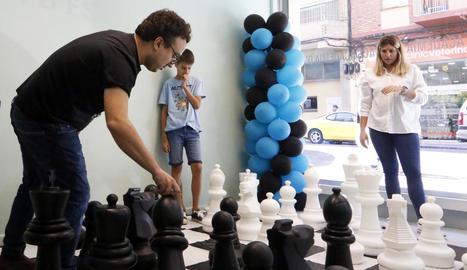 A Taquígraf Martí es van habilitar uns escacs gegants.