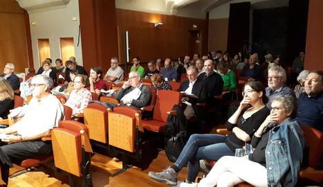 Un dels debats a la Seu durant la jornada d'ahir.